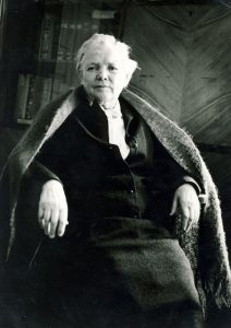 Bronė Buivydaitė Anykščiuose. 1972 metai. Antano Dilio nuotrauka
