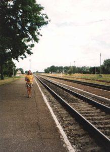 Vilkaviškio geležinkelio stotyje 1997 metų vasarą.