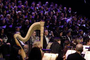 LNOBT choras ir orkestras. M. Aleksos nuotrauka iš LNOBT archyvo