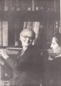 Marija Urbšienė-Mašiotaitė. Respublikinė biblioteka, apie 1958 m.