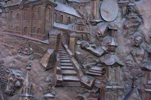 Telšių katedros durų fragmentas. R. Šileikos nuotrauka