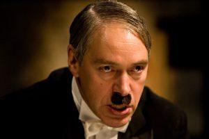 Adolfas Hitleris spektaklyje Hitleris ir Hitleris