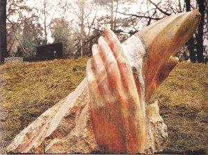 Poeto H. Nagio antkapinis paminklas, 2001
