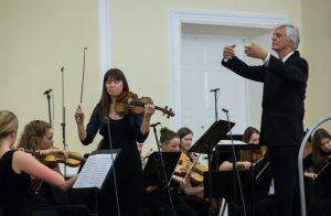 Mozarto smuiko solo. Martyno Ambraso nuotrauka