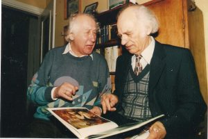 Tėvelis su Vladu Aleksandravičiumi. 2003 m. Kazimiero Strolios nuotrauka.