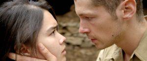 Vietnamietė Thi (Audrey Giacomini) ir prancūzų karininkas savanoris Philippe (Cyril Descours).