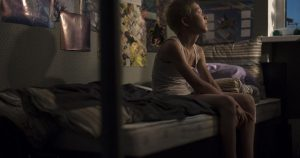Tyli Aliošos, apsisprendusio palikti namus, vienatvė.