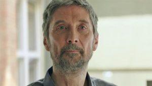 Pagrindinis filmo veikėjas Endre (Géza Morcsányi).