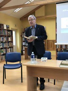 Rimantas Bagdzevičius Ignalinos bibliotekoje Meno bangų projekte Vaižgantas ir mes. 2019