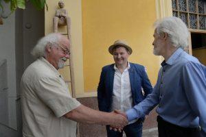 R.Vanagas su aktoriumi G. Arbačiausku ir alpinistu V. Vitkausku. 2019 metai. J.Junevičiaus nuotrauka